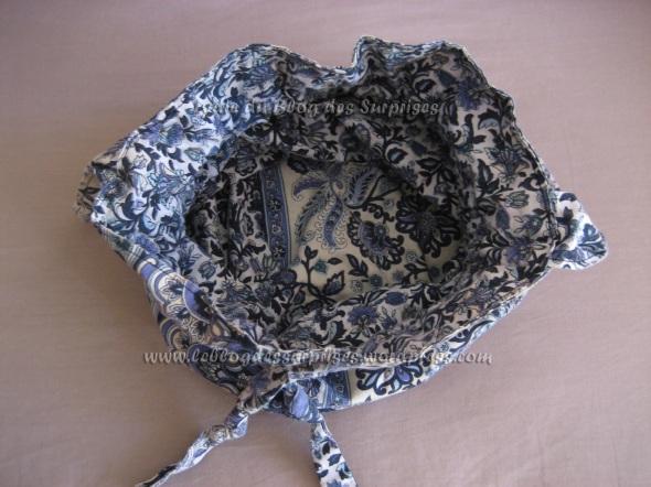 4-sac de plage réversible cousu dans du tissu bleu à motifs - FILIGRANE